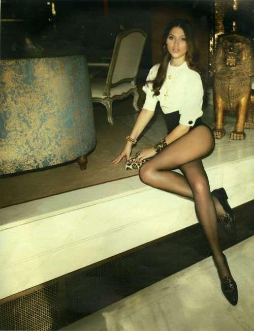 Ножки, как у девушки с обложки (26 фото)