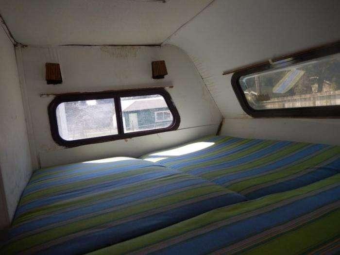 Toyota Dolphin - дом на колесах из 80х (12 фото)