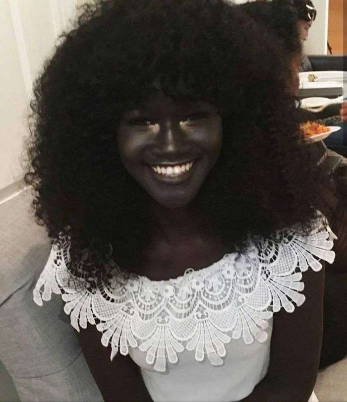 Меланиновая богиня Худия Диоп - самая темнокожая модель в мире