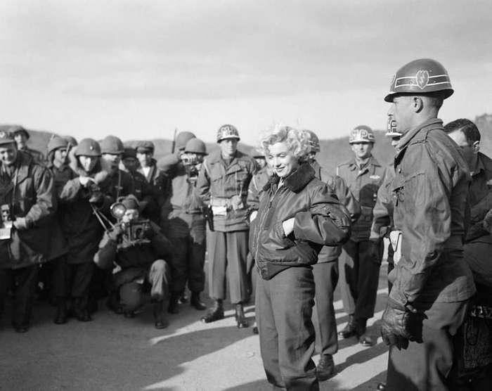 Фотографии Мэрилин Монро в армии