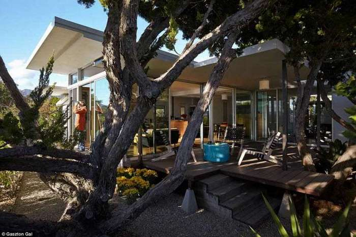Дизайнер потратила 175 тысяч долларов, чтобы превратить свой трейлер в дом мечты (17 фото)