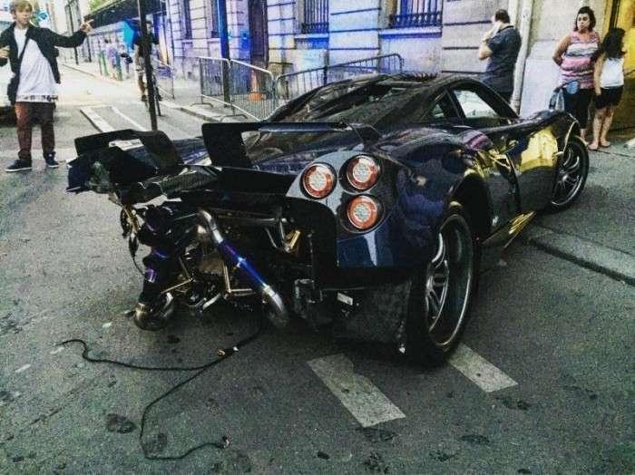 Пьяный водитель врезался в гиперкар Pagani Huayra (5 фото)