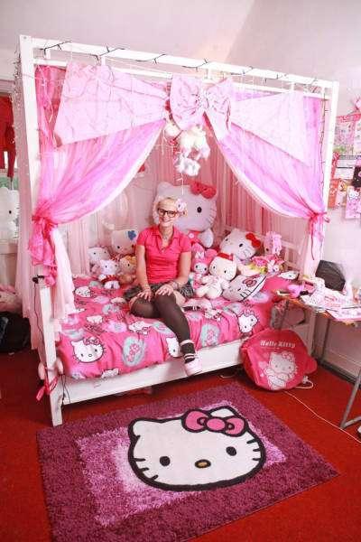 Эми-Луиза Аллен - самая преданная фанатка Хелло Китти (16 фото)