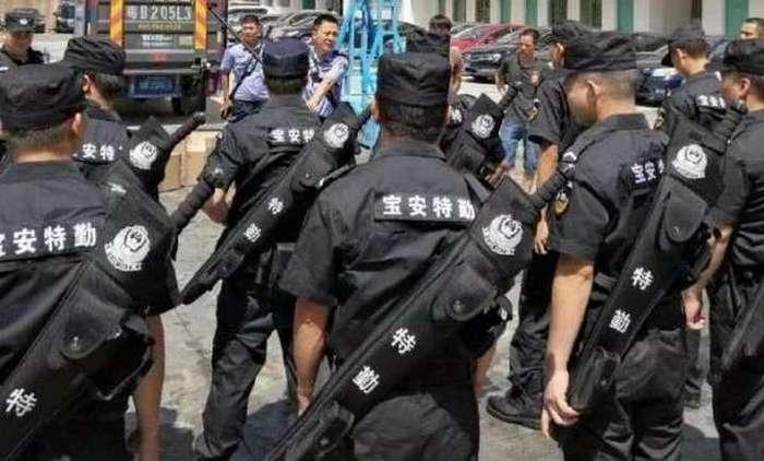 Китайскую полицию вооружат «мечами»