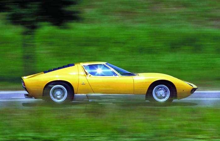 Эксклюзивное великолепие Lamborghini: юбилейный суперкар Miura покоряет сердца