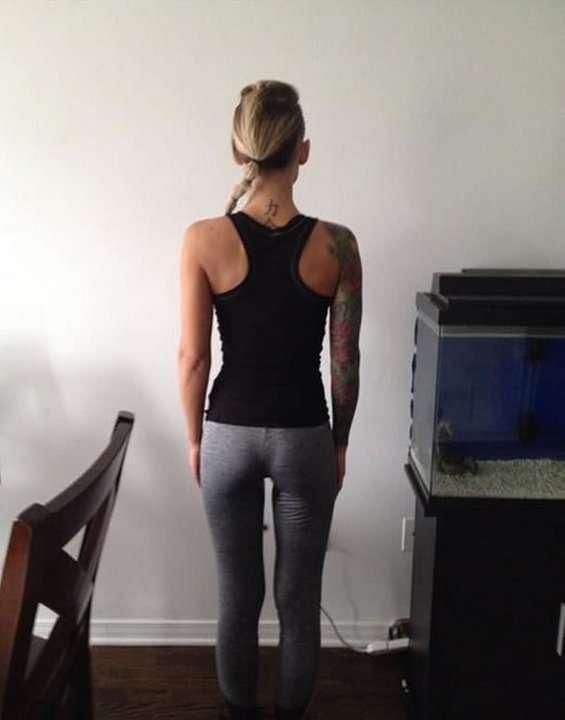 Девушку выгнали из спортзала из-за большой груди