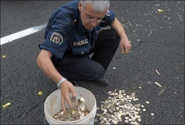 2 миллиона евро в монетках (5 фото)