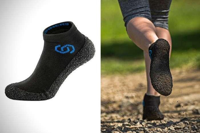 «Носки или кроссовки?»: как выглядит самая удобная обувь для спорта