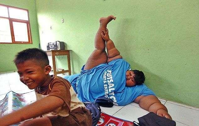 Самый толстый в мире мальчик отправился в школу