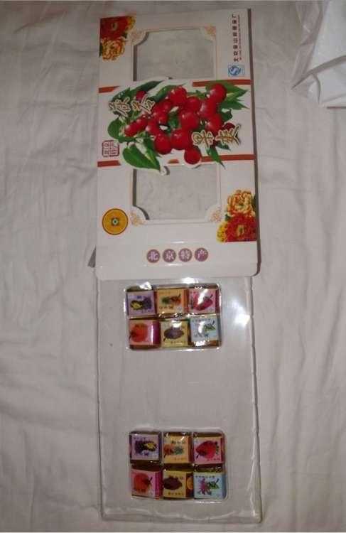 Китайцы знают, как правильно упаковывать конфеты (2 фото)