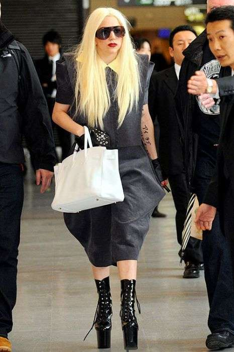 Лучшие костюмы Леди Гага (47 фото)