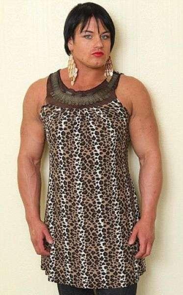 Стероиды превратили культуристку в мужика (7 фото)
