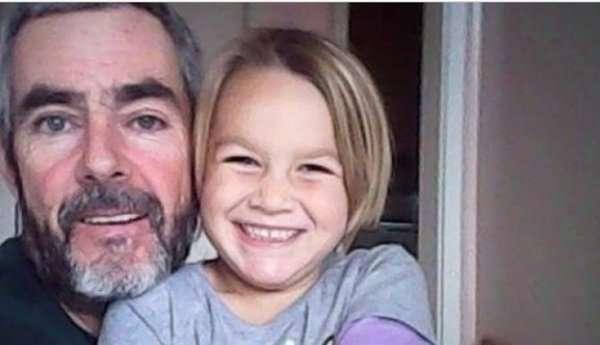 Новозеландец с дочерью выжили, месяц дрейфуя на яхте в Тасмановом море.