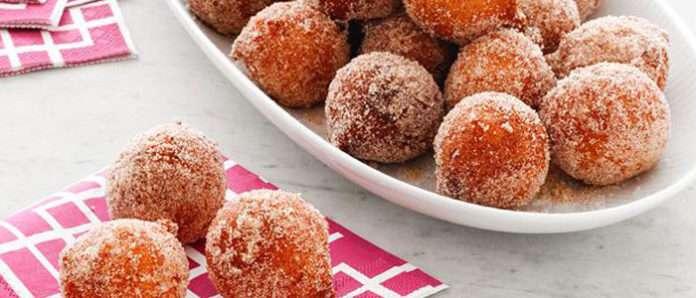 Быстрые мавританские бананово-кокосовые пончики