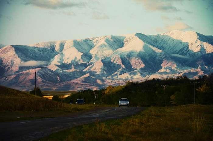 Западный фотограф провел два месяца в гостях у казахской шаманки