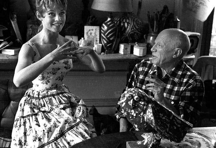 Не баян, а русская бабушка Ди Каприо: фотографии известных людей, которые пока не гуляли по интернету, и их история