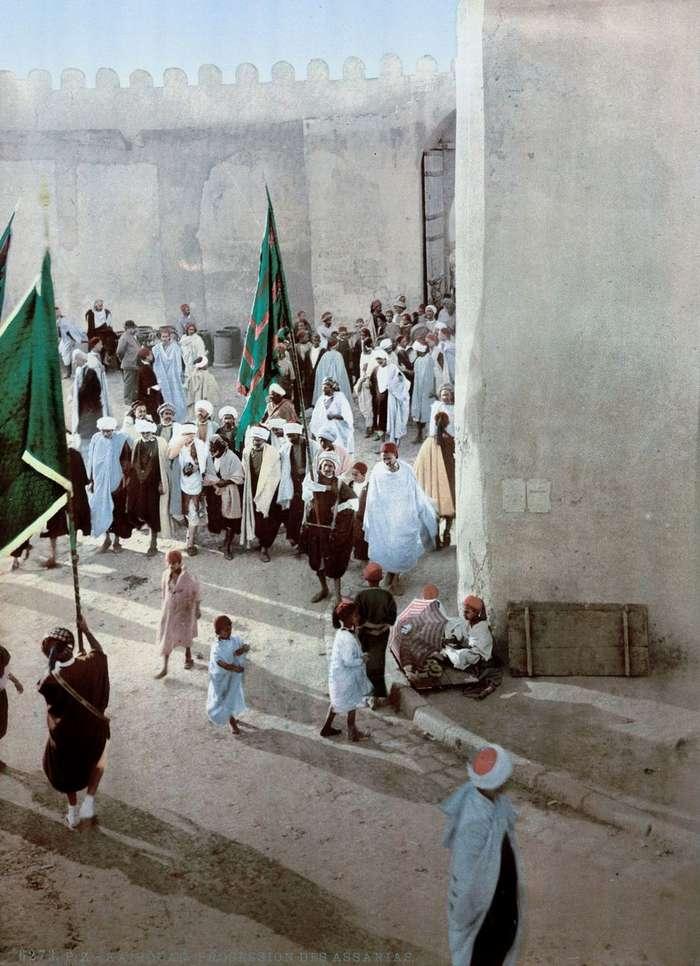 Эффектные цветные открытки из Туниса рубежа XIX-XX веков