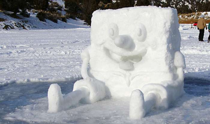 Фотографии самых креативных снеговиков