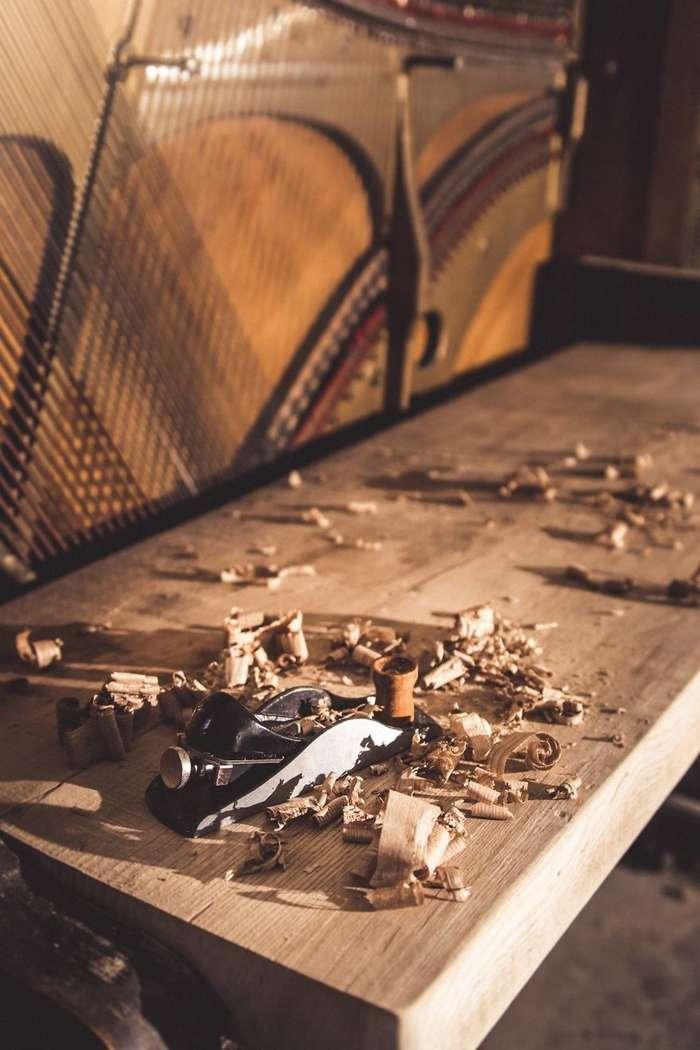 Новая жизнь старого пианино 1907 года —оно стало роскошным столом