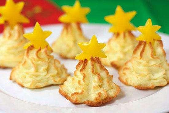 Рождественские ёлочки из картофельного пюре