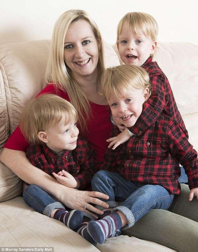 Тройное чудо: крошечные тройняшки, родившиеся на 23-й неделе, выжили и попали в Книгу Рекордов