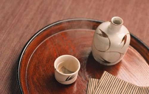 В Японии раскупили сакэ, которое пил Путин во время визита в страну