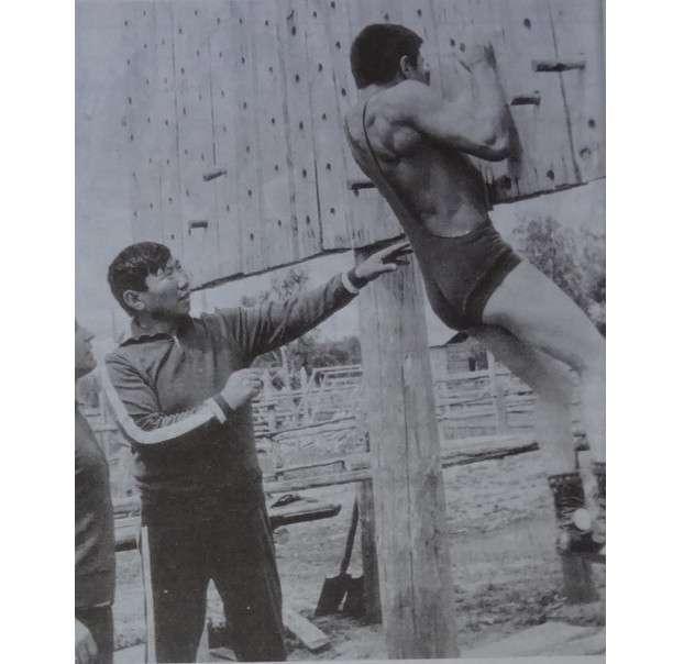 Стенка Коркина – секрет успеха якутских борцов