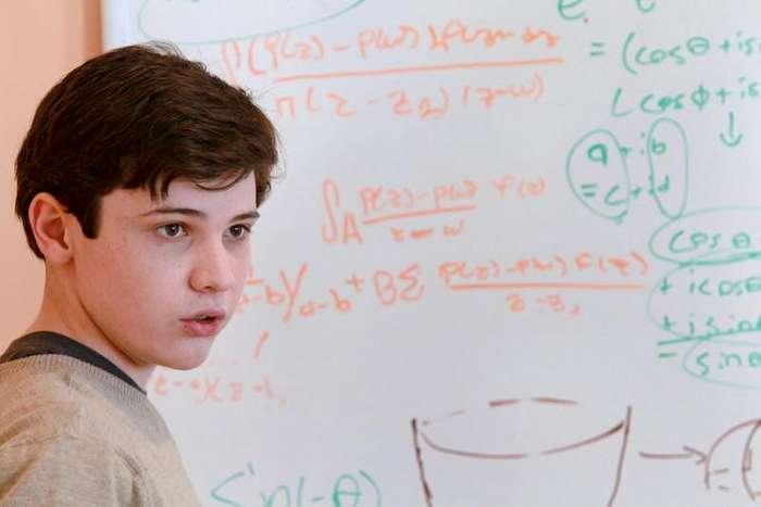 Вундеркинды нашего времени: 12 самых молодых выпускников ВУЗов