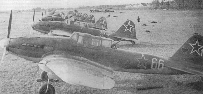 Штурмовик Ил-2 — русский «летающий танк»: ни один самолет не строили в таких количествах