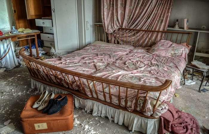 Жуткие интерьеры заброшенного дома врача в Германии