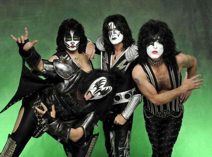 Самые эпатажные рок-звёзды