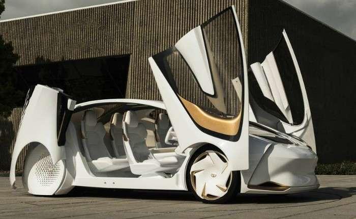 Компания Toyota показала автомобиль с «искусственным интеллектом»