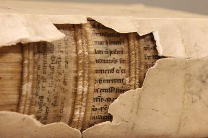 10 таинственных скрытых текстов
