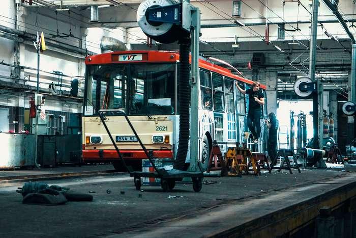 Исчезающий троллейбус в Вильнюсе