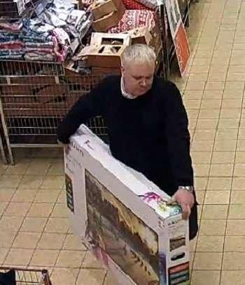Британец взял с полки магазина телевизор и «вернул» его обратно, получив 330 фунтов