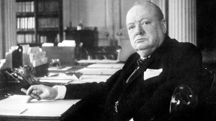«Я никогда не стоял, когда можно было сидеть»: Уинстон Черчилль