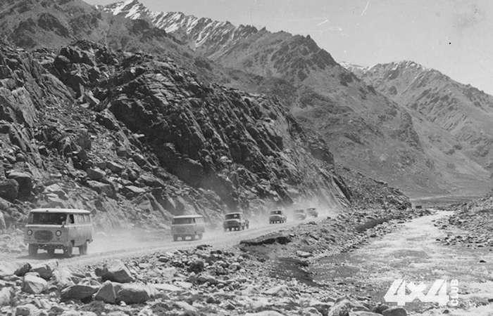 10 легендарных фотографий автомобилей УАЗ и невероятных историй, связанных с этими машинами