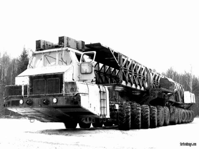 МАЗ-7907. Таких больше не будет (5 фото)