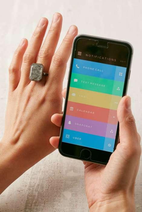 17 крутейших девайсов, способных существенно расширить возможности любимого смартфона