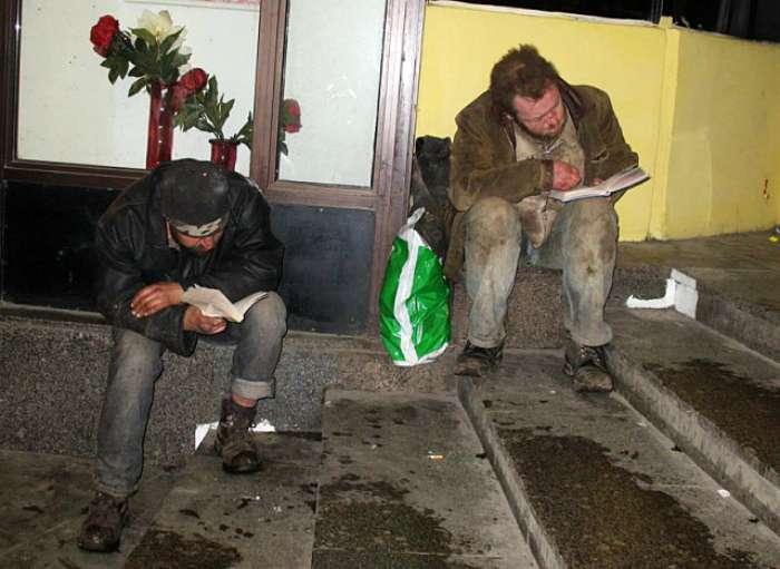 Добро пожаловать: 18 потешных снимков о буднях жителей культурной столицы