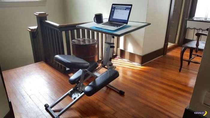 Edge Desk: на колени и работать!