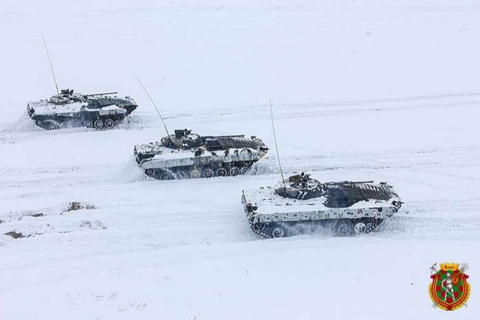 Белорусская военщина и новый зимний камуфляж