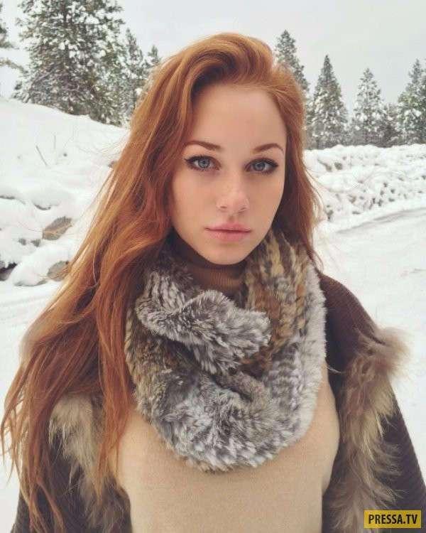 Селфи красивых девушек (41 фото)