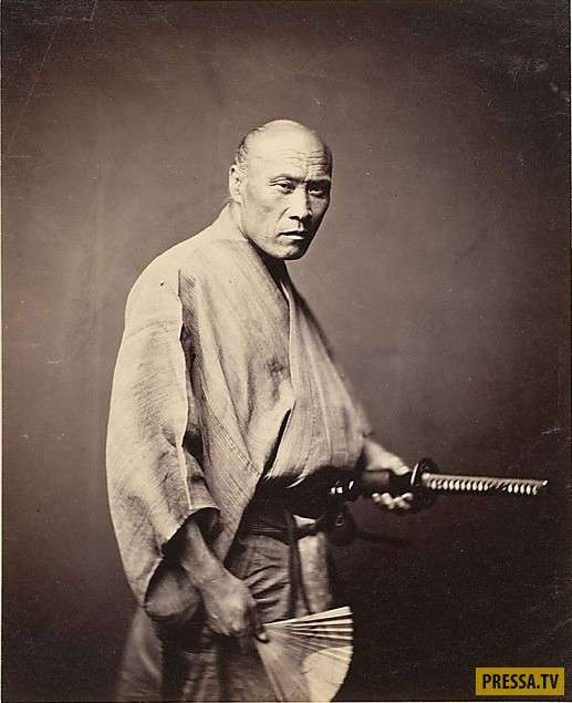 Тэссэн - боевой веер самурая (6 фото)
