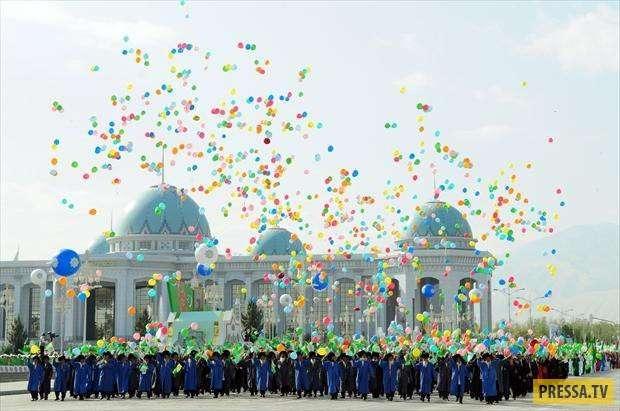 Колоритные фото самой закрытой страны СНГ - Туркменистан (22 фото)