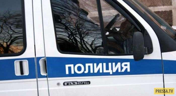 Бывший бойфренд отобрал у москвички подаренные им драгоценности, шубы и иномарку