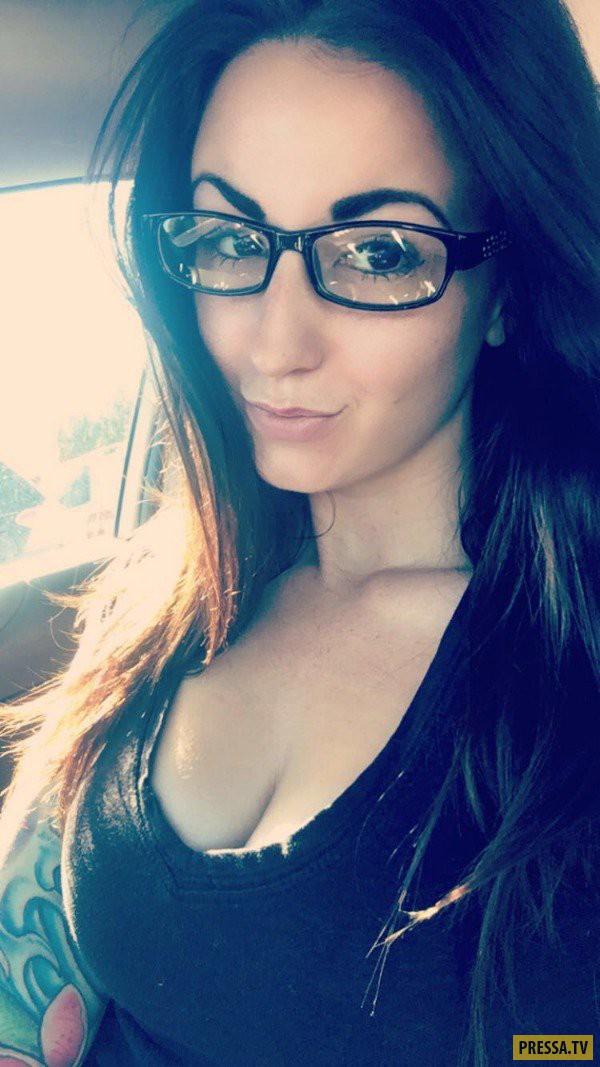 Когда очки девушкам к лицу (23 фото)
