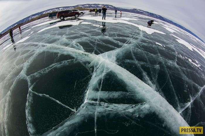 Подлёдный мир Байкала (21 фото)