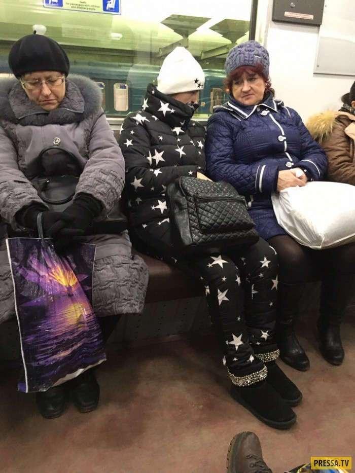 Самые модные пассажиры российского метро (33 фото)