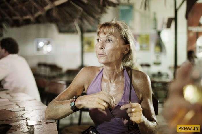 Пожилые дамы из Европы любят посещать Кению (16 фото)